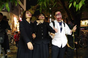 hfpu-y-zombie1030-0038