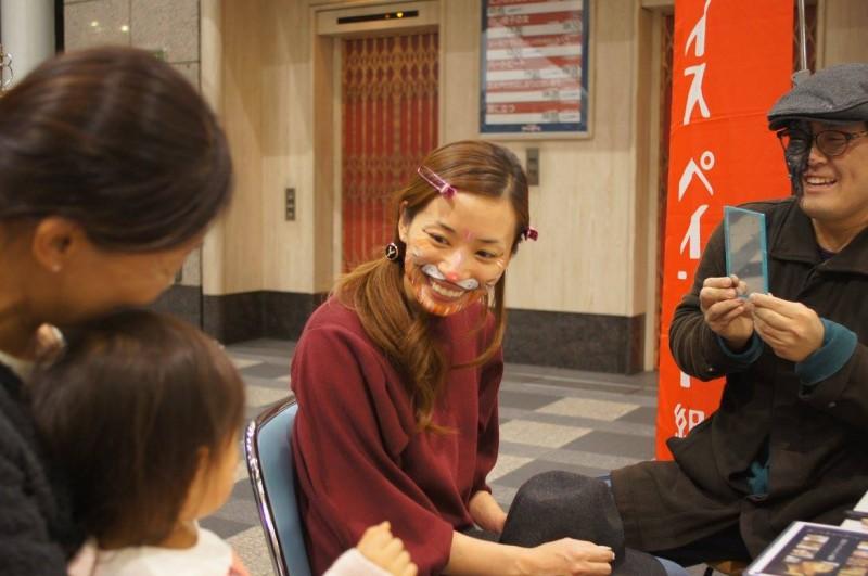 広島フェイスペイント組合-tokyu-hands-h2-041