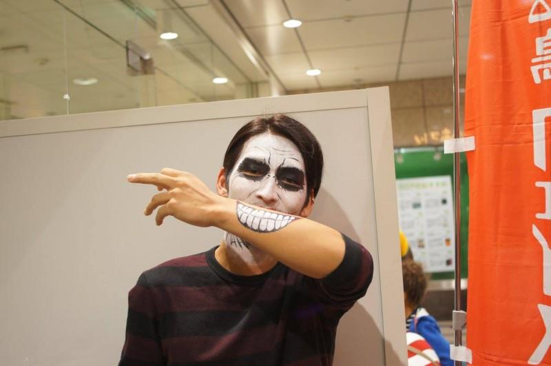 広島フェイスペイント組合-tokyu-hands-h2-055