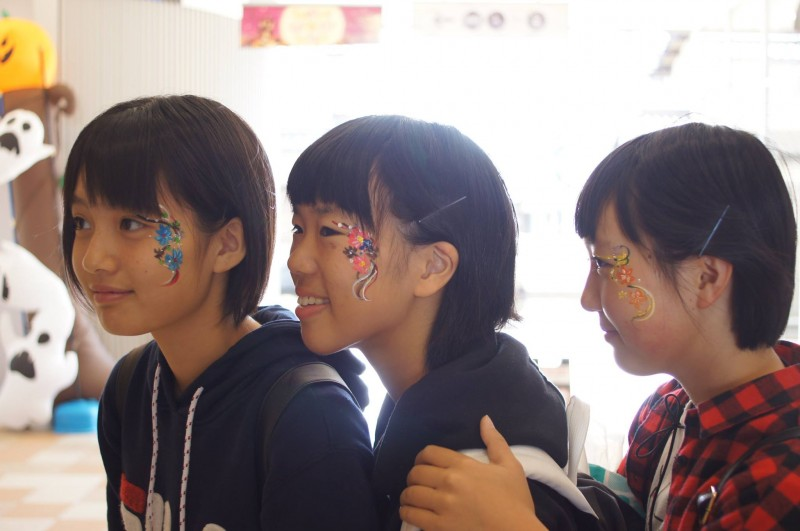 広島フェイスペイント組合-カジル岩国ハロウィン2016-007