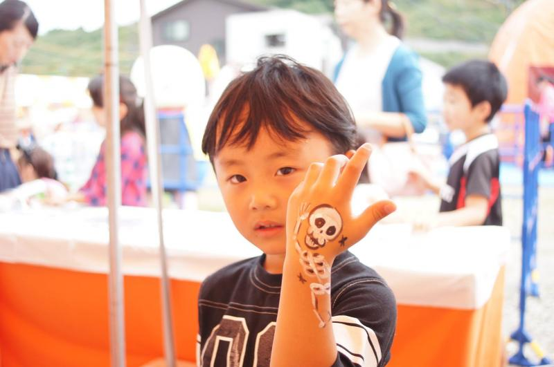 広島フェイスペイント組合-ハロウィンパーティ2017-こころ住宅展示場10080035