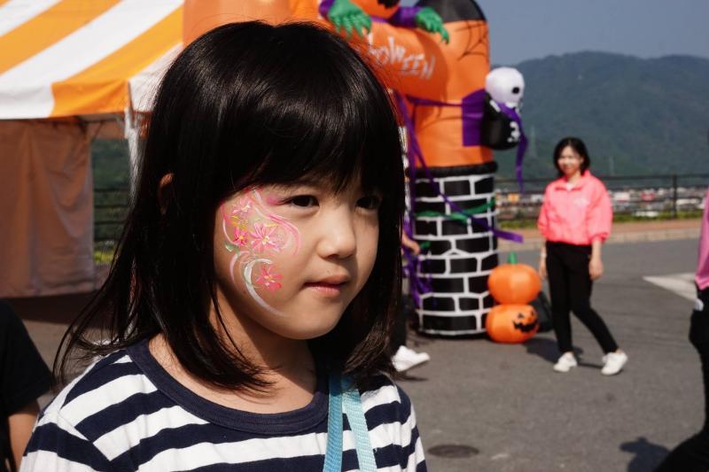広島フェイスペイント組合-ハロウィンパーティ2017-こころ住宅展示場10090006