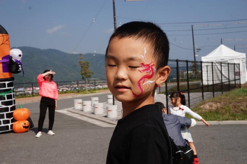 広島フェイスペイント組合-ハロウィンパーティ2017-こころ住宅展示場10090007