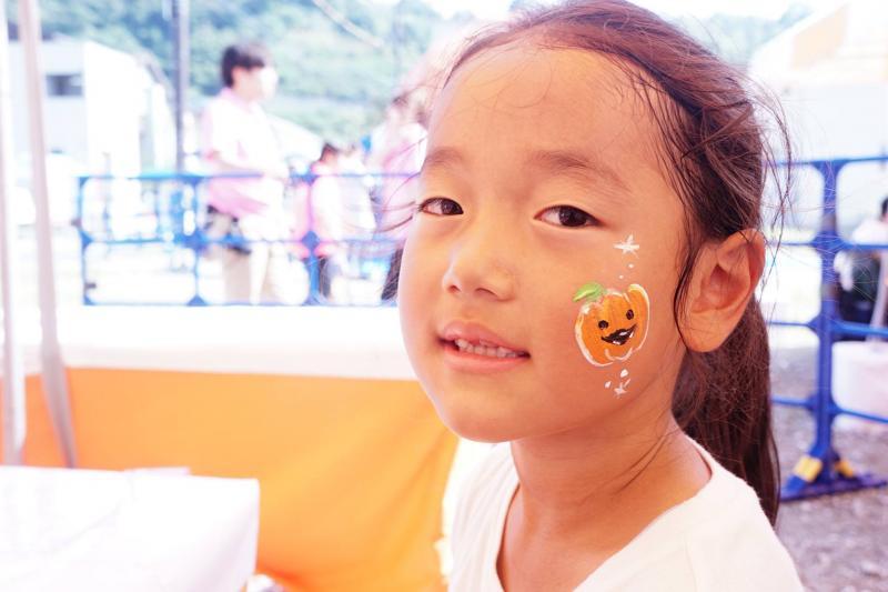 広島フェイスペイント組合-ハロウィンパーティ2017-こころ住宅展示場10090034