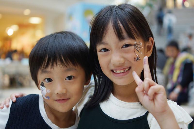 広島フェイスペイント組合-アルパーク-kidsartひろしま-1015-0038