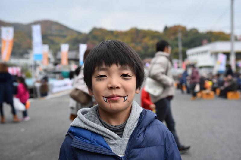 広島フェイスペイント組合-道の駅アリストぬまくま-感謝祭2017-024